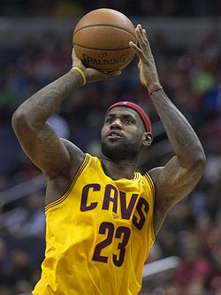 LeBron_James_(15662939969)